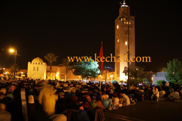فوضى بمسجد الكتبية اثناء صلاة الجمعة
