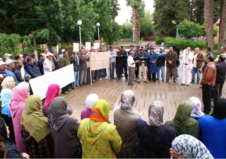 وقفة احتجاجية لموظفي الحي الجامعي بمراكش