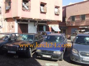 كسر زجاج ما يزيد عن 10 سيارات بحي الموقف وسلم نفسه للشرطة