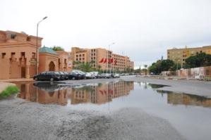 الأمطار التي عرفتها مراكش، تفضح هشاشة البنية التحتية في غياب تام للمنتخبين