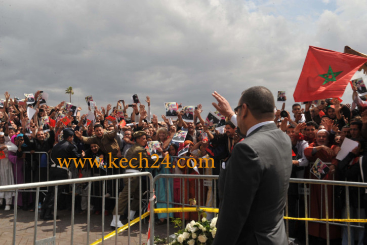 الملك يصل مراكش، واستنفار امني بمختلف شوارع المدينة