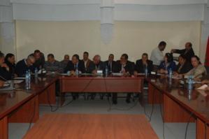 رئيس مقاطعة مراكش المدينة ومجموعة من مستشاري يقومون بزيارة لحميد شباط عمدة فاس