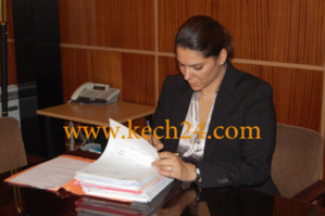 رئيسة المجلس الجماعي تجتمع بوالي مراكش بحضور مكتبها المسير وعضوين من المجلس الإداري لوكالة