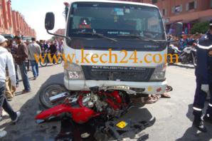 عاجل : حادثة سير مميثة على طريق تامنصورت والضحية كان على متن س 90