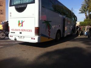 انفجار محرك حافلة سياحية بالقرب من ساحة جامع الفنا يخلق هلعا وسط السياح
