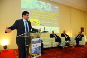 الباكوري يؤكد ان المغرب اعتمد مخططا استراتيجيا هاما لتطوير الطاقة الشمسية في ندوة خاصة بمراكش