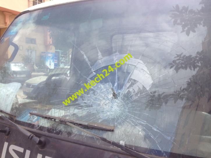 شخصين في حالة سكر طافح رونوها في گيليز بمراكش + صور حصرية