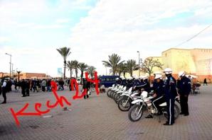 وقفة احتجاجية لحركة 20 فبراير بساحة باب دكالة بمناسبة اليوم العالمي للمرأة وإنزال امني غير مسبوق