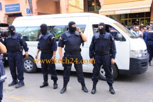 خطير : اعتقال شخصين ملتحيان كانا بصدد التسلل الى ثكنة عسكرية بمراكش. واستنفار امني بالمدينة بعد الحادث