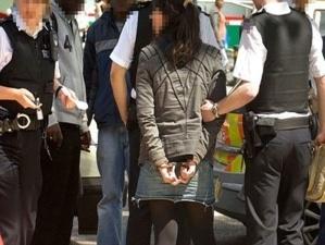 دعارة : اعتقال 3 سعوديين و 3 مغربيات باحدى الڤيلات بمراكش