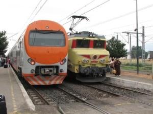 عجلة عربة توقف حركة القطارات 3 ساعات بمراكش