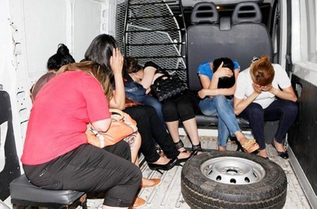 ضبط أربع نساء رفقة رجل داخل شقة للدعارة بمراكش