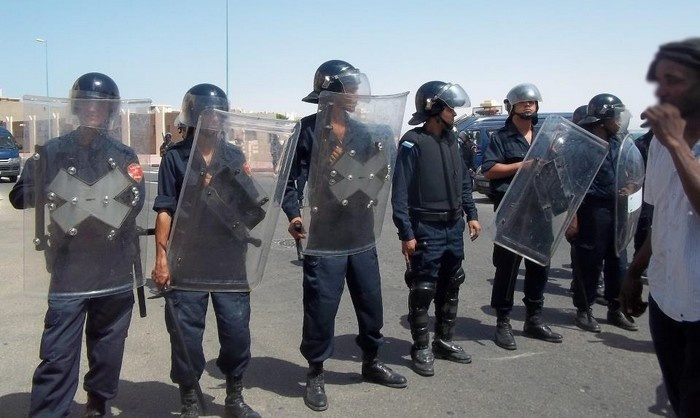 ابن جرير: الأمن يفرق بالقوة وقفة مؤيدة للرئيس المصري المعزول محمد مرسي