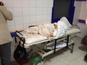 القصة الحقيقية لاعتداء القنديل على زوجته بالسلاح الأبيض واصابتها ب 11 غرزة أدخلتها قسم الإنعاش بمراكش + صورة حصرية للضحية
