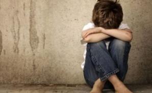 التحقيق في قضية احتجاز طفل قاصر وتشغيله في ظروف غير إنسانية بضيعة في ضواحي مراكش