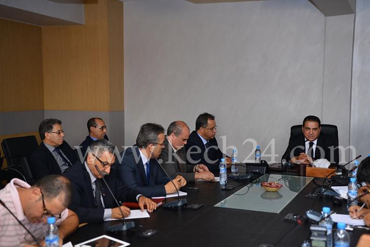 والي أمن مراكش يجتمع مع أولياء تلاميذ المؤسسات التعليمية