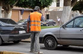 استفحال ظاهرة حراس السيارات المزيفين بمراكش