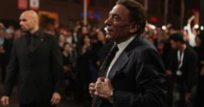 ماهو سر دموع الزعيم عادل إمام ولماذا غادر مدينة مراكش بعد حضوره افتتاح المهرجان الدولي للفيلم ؟