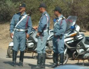 درك بنجرير نجح في اعتقال سارق دفتر المخالفات من شرطي مرور بالمدينة