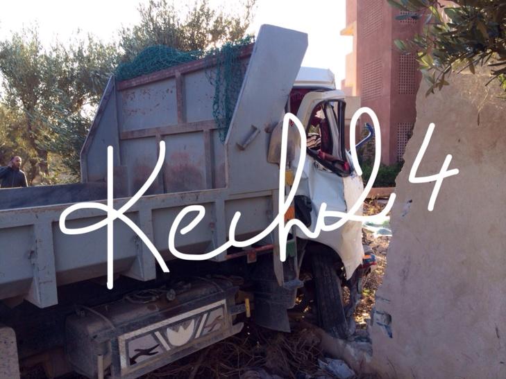 وفاة حامل وإصابة اثنين اخرين في حادثة سير مروعة بالمنطقة السياحية أكدال بمراكش + صورة حصرية