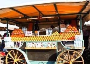 منع عشر عربات لبيع عصير الليمون من مزاولة النشاط لهذه الأسباب بساحة جامع الفنا بمراكش