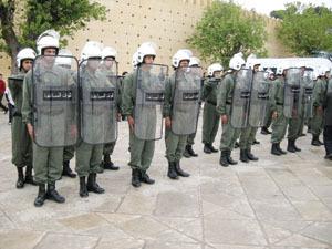 أخيرا...47 ألفا من القوات المساعدة يستفيدون من الزيادة في الأجور وافق عليها الملك وستتم على دفعتين خلال سنتي 2014 و2015