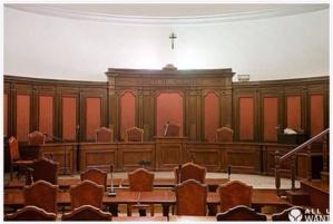 عائلات معتقلين تهاجم هيئة الحكم بابتدائية بمراكش بعد إدانة بطل المغرب في الفولكونطاكت ومن معه