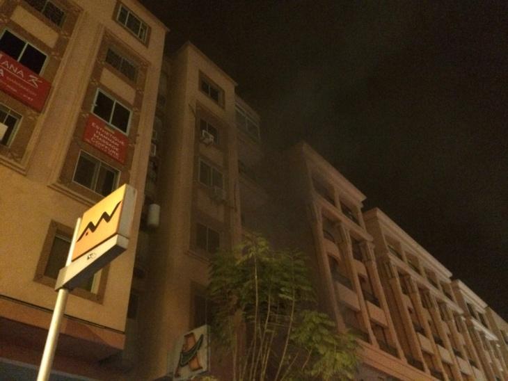 عشرات عناصر الوقاية المدنية لإخماد النيران باحد المولدات الكهربائية باسيما جيليز
