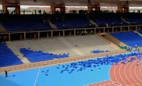 خاص : إقتلاع كراسي بمدرجات ملعب مراكش الكبير وكش24 تكشف عن الحصيلة النهائية