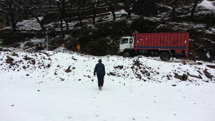 تساقطات مطرية مهمة بمراكش وثلوج تغطي مرتفعات النواحي + صور حصرية