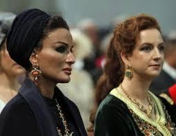 مراكش تتزين للاميرة والشيخة. سلمى وموزة يصلان الى عاصمة النخيل