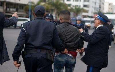 إعتقال 3 مشجعين بملعب مراكش الكبير
