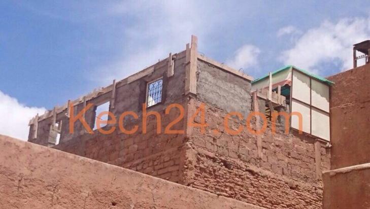 تنامي ظاهرة البناء العشوائي ... وهذه المرة داخل المدينة العتيقة لمراكش + صورة حصرية