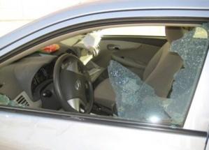 خطير : مشرملين يكسرون زجاج السيارات بقلعة السراغنة