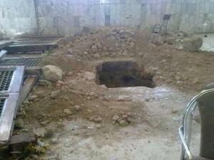 فضيحة : اعتقال سيدة في حالة تلبس وهي تنبش قبرا بمقبرة بوعكاز بمراكش