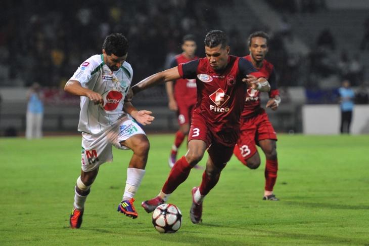 أولمبيك أسفي يراسل الجامعة لتخفيف العقوبة على اللاعب علي رشدي
