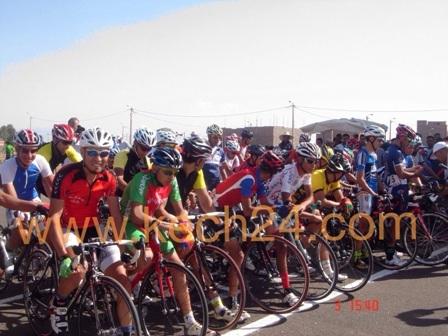 عصبة الجنوب لسباق الدراجات تنجح في تنظيم الجائزة الكبرى للعصبة بمدينة تملالت