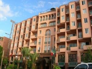 عاجل : سقوط فرنسي من الطابق الاول لأحد الفنادق المصنفة بحي جيليز بمراكش