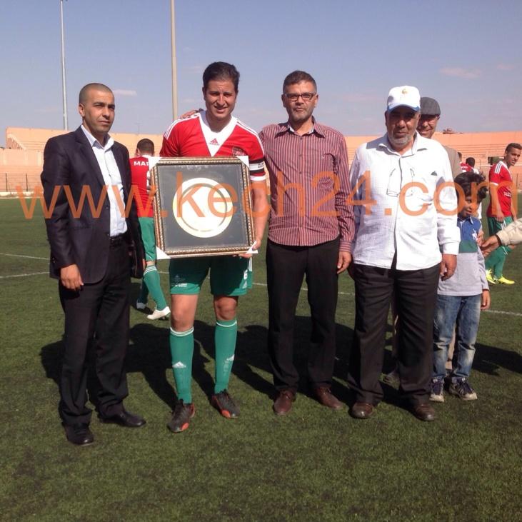 الجمعية المغربية للاعبين المحترفين بالدوري الهولاندي في زيارة خاصة لمراكش + صور حصرية