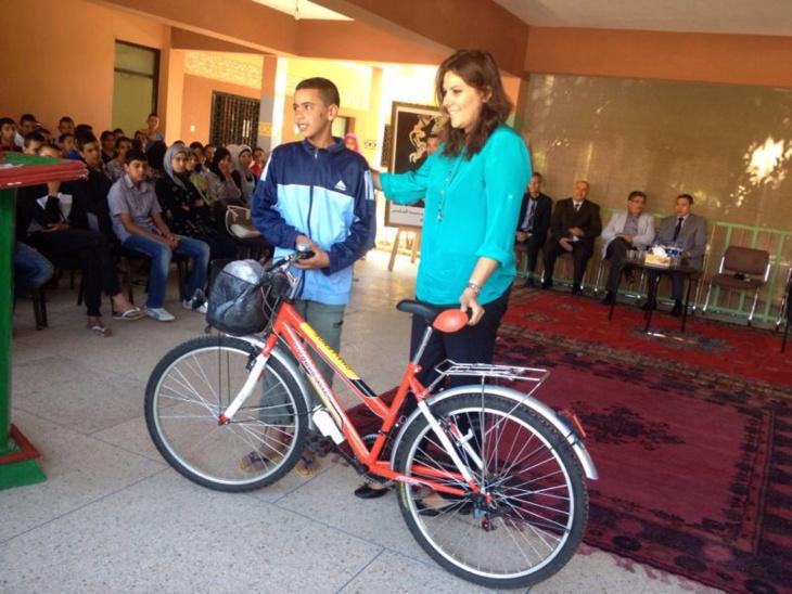 المنصوري توزع دراجات هوائية بسيدي يوسف ابن علي بمراكش