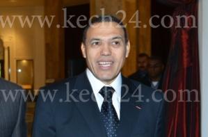عبد السلام بيكرات طلع گناوي : الإيقاع الكناوي يلهب مشاعر والي مراكش في اختتام مهرجان كناوة موسيقى العالم