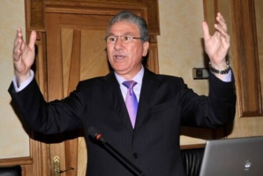 وزير الصحة يدعو من مراكش إلى ضرورة نهج سياسة القرب من المواطنين والاستماع إلى مشاكلهم