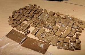 تفكيك شبكة متخصصة في ترويج المخدرات بمراكش وبحوزتها 11 كلغ من الشيرا