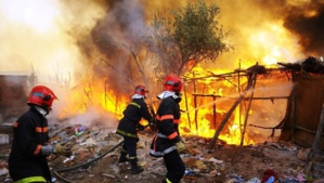 عاجل : النيران تلتهم سوق ايزيكي من جديد بمراكش