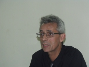 النقابات التعليمية بمراكش تقلب الطاولة على سمير مزيان نائب الوزارة وتنسحب من الاجتماع التمهيدي للحركة الإقليمية