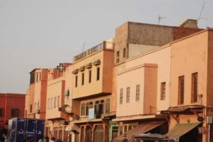 بناء عشوائي يهدد سلامة المواطنيين بباب دكالة ... ومواطنة تستنجد بوالي جهة مراكش تاسيفت الحوز