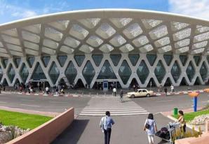 غريب : سويسرية تتحول الى متشردة بمطار مراكش لمنارة