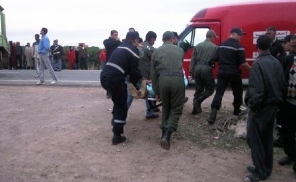 مصرع 3 أشخاص وإصابة 4 آخرين في حادث إنقلاب سيارة نواحي إمنتانوت