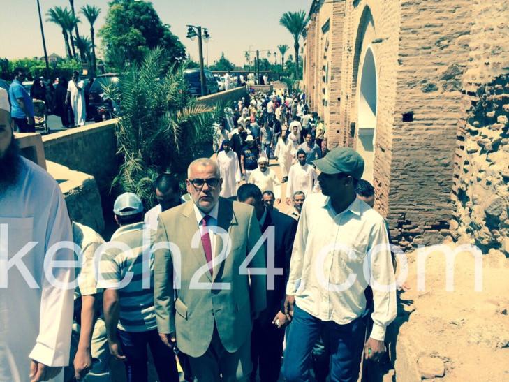 بنكيران يؤدي صلاة الجمعة بالمسجد التاريخي الكتبية بمراكش + صورة حصرية