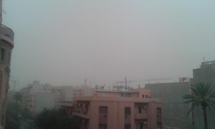 عاصفة رعدية تربك حركة السير والجولان بمراكش .. كِشـ24 تقدم توقعات أحوال الطقس ليوم الخميس + صور